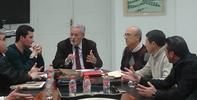 Reunion del Defensor con representantes de trabajadores de la Base de Morón
