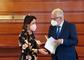 El Defensor del Pueblo andaluz reclama el diseño de un sistema integral de acogida y acompañamiento para los colectivos vulnerables como una de las lecciones a aprender de la COVID