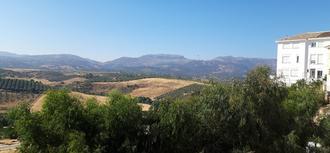 La oficina de atención ciudadana del Defensor del Pueblo Andaluz estuvo en la Serranía de Ronda (Ronda y Algatocín) y Casares en Málaga, los días  3, 4 y 5 de julio de 2019