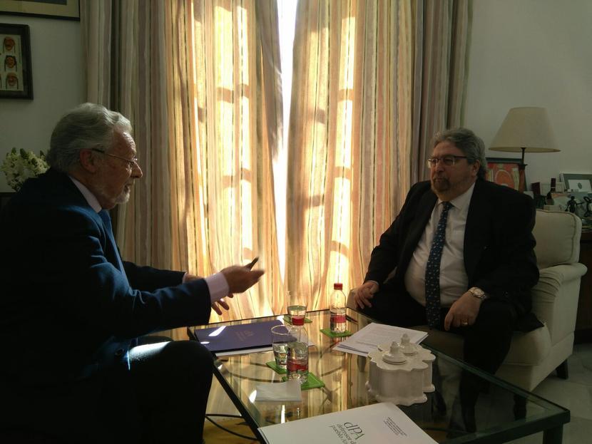 El Defensor y el Ararteko coordinan acciones para la defensa de los derechos de las personas migrantes y refugiadas