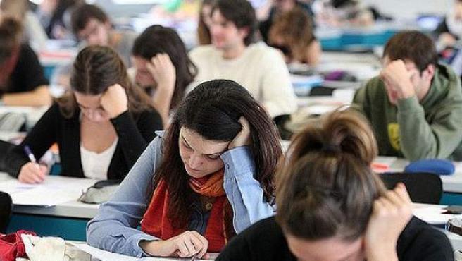 ¿Cómo las universidades públicas andaluzas van a realizar los exámenes en formato no presencial?