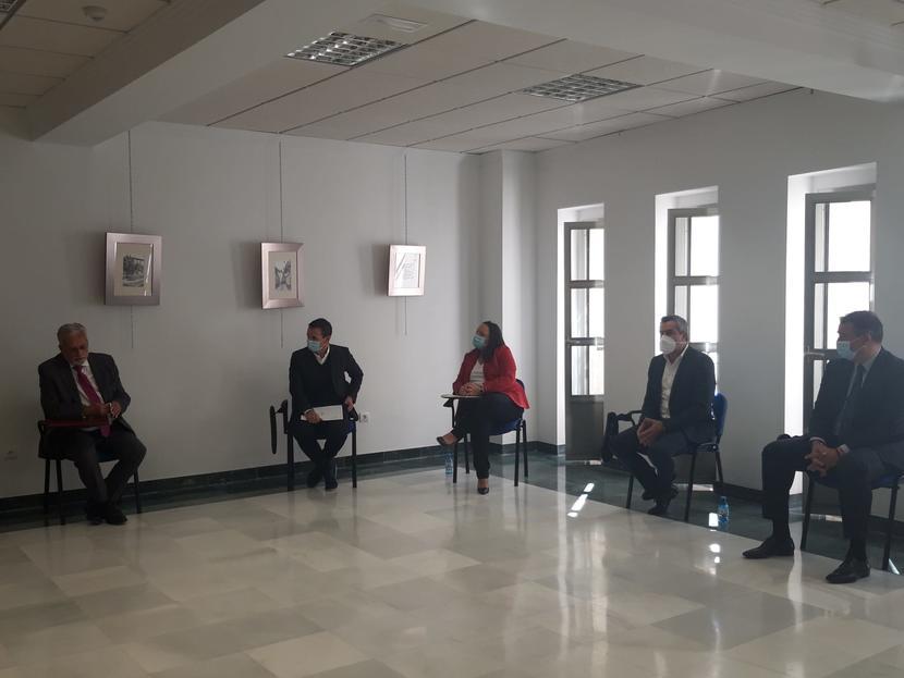 El Defensor del Pueblo andaluz conoce los efectos de la Andalucía despoblada en la comarca del Alto Almanzora