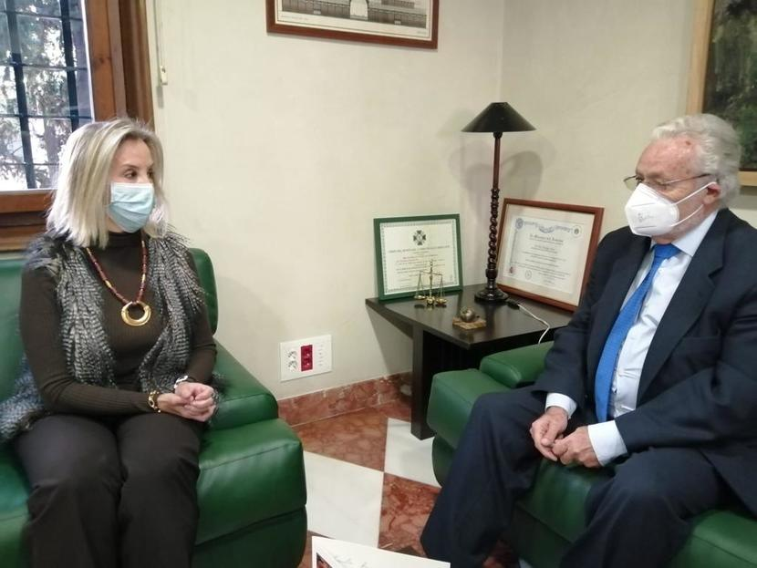 Sesión de trabajo con la Fiscal Superior de Andalucía