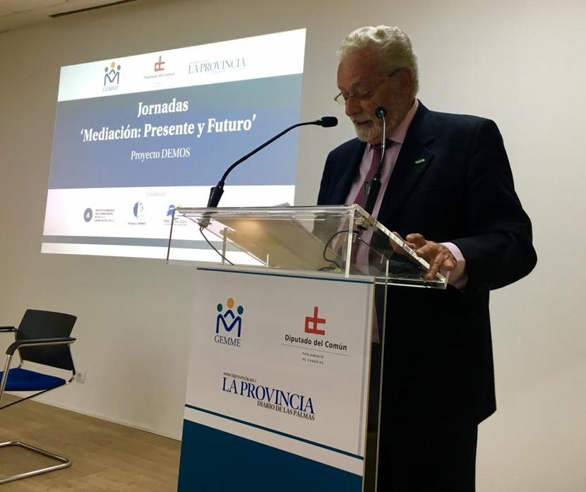 El DPA explica en Canarias la apuesta por la mediación en la Institución