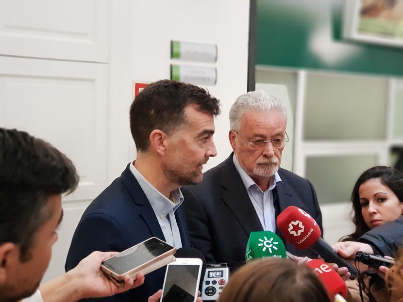 11 h: Reunión de una delegación de IU Andalucía. Sede dPA
